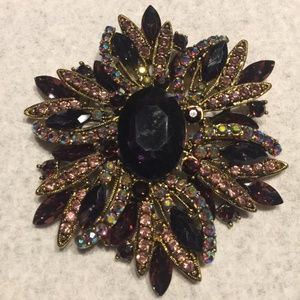 🔥6/$26 on items $9 or less Large Modern Brooch